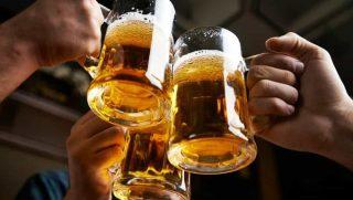 brindisi con birra alla spina