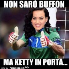 buffon travestito da katy perry